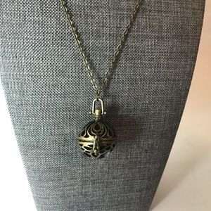 Jewelry - Copper Aromatherapy Oil Diffuser Necklace